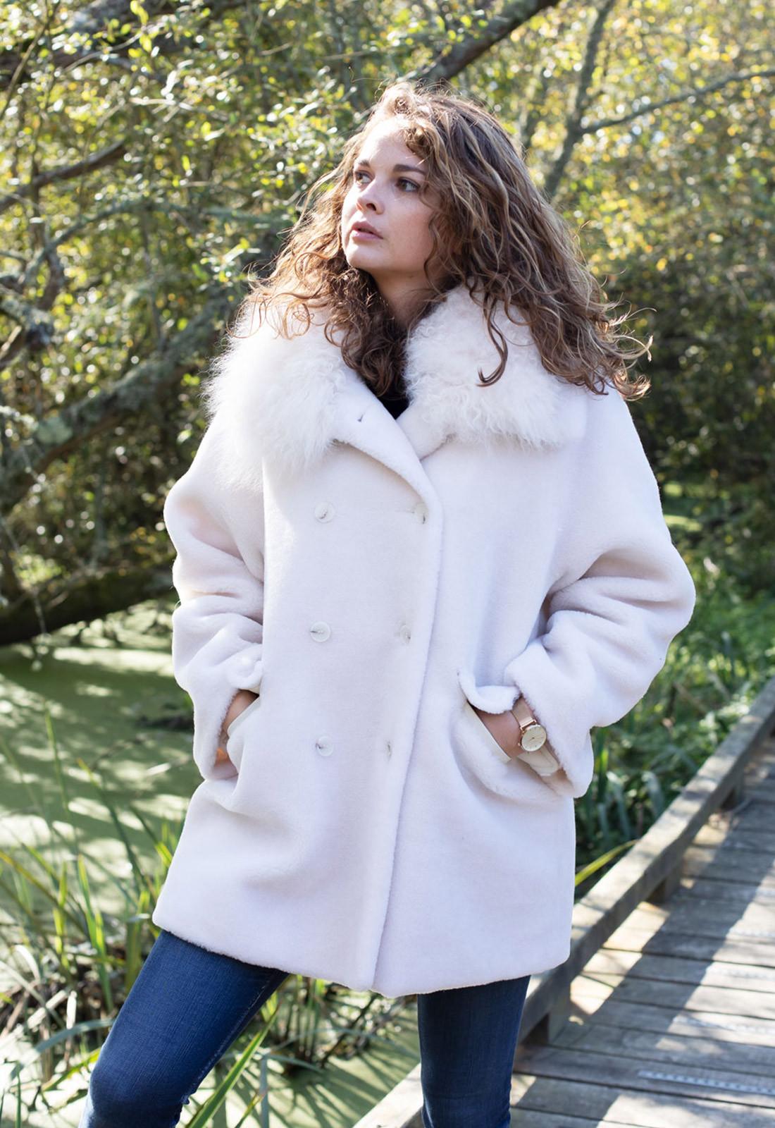 Manteau ivoire en laine